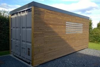 container-habillé-bois